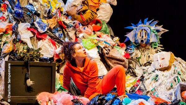Alex au pays des poubelles