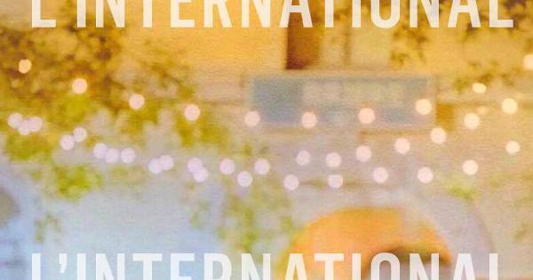 August • Hummingbird • Anais Low à l'International