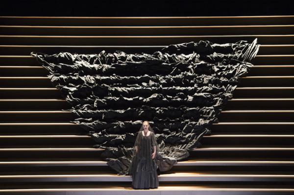 CARMEN Opéra en quatre actes de GEORGES BIZET en direct au Cinéma