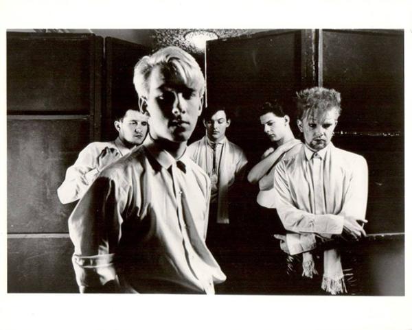 Modern English (UK post-punk since 1979) en concert
