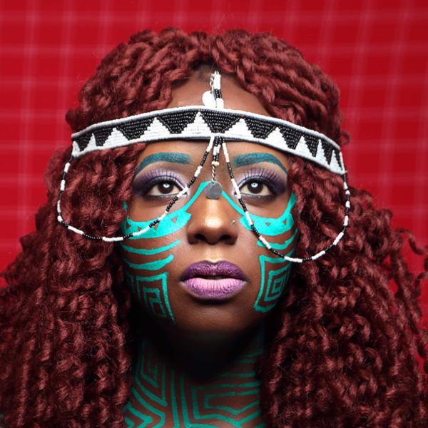 Muthoni Drummer Queen en concert au Badaboum