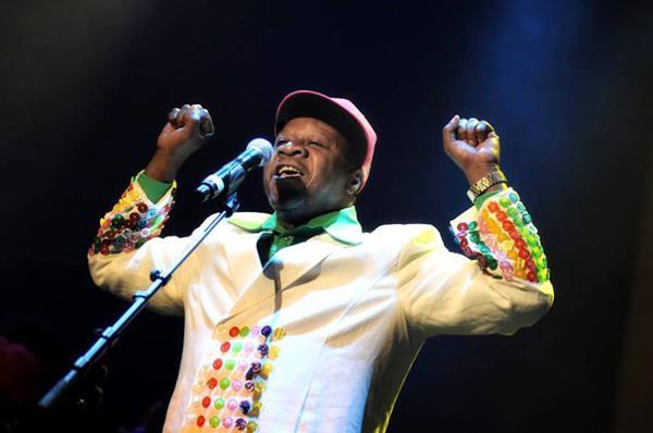 Bal des Sapeurs hommage à Papa Wemba